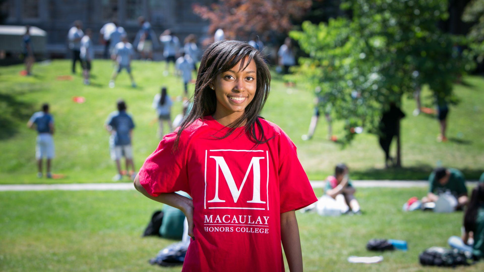 Student wearing Macaulay Honors t-shirt